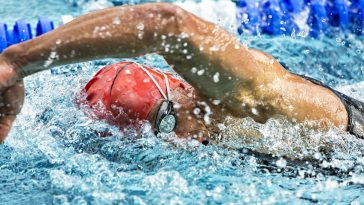 43576132 - swimmer in a competition